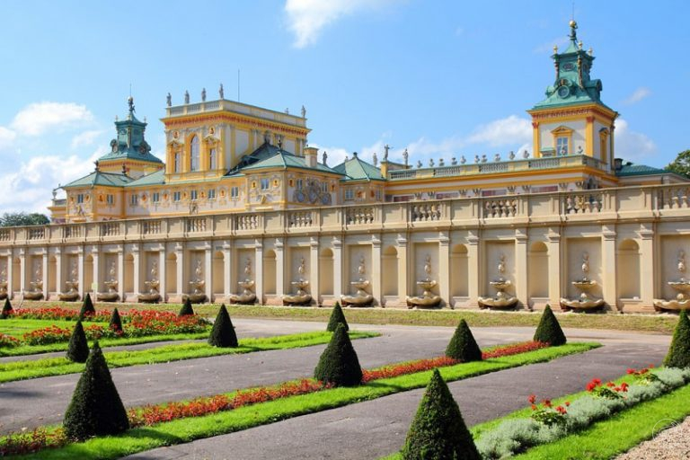 walking tour inside �azienki warsaw