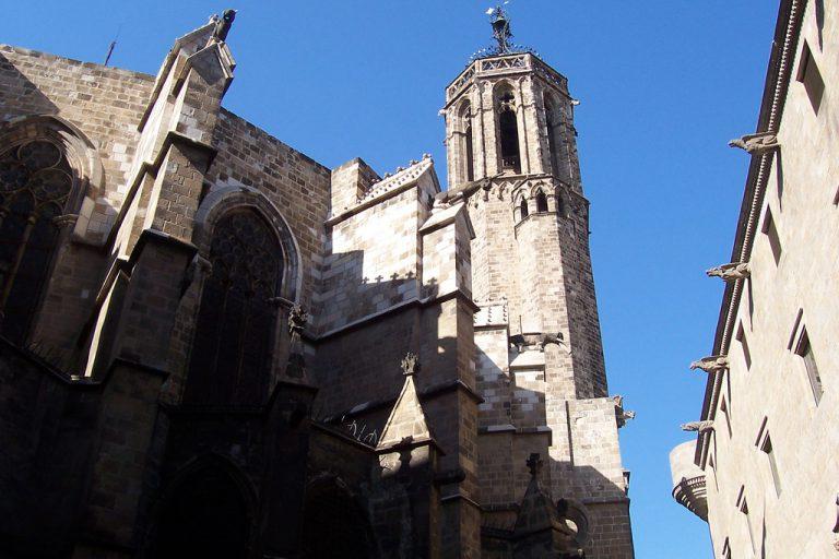 History Walk Gothic Square Barcelona