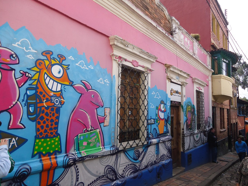 Book the guide in Bogota by hours or customised tours by the city