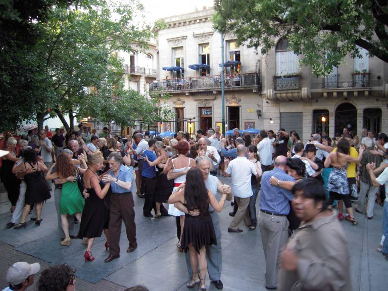 history behind world-famous tango buenos aires