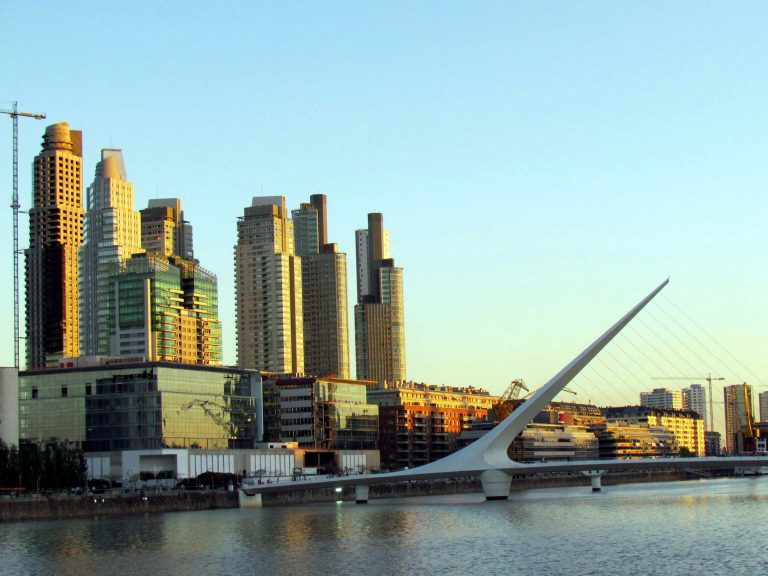 evening walking tour in buenos aires