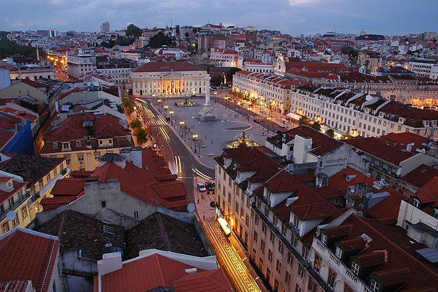Full one day tour exploring amazing Lisbon with a private guide