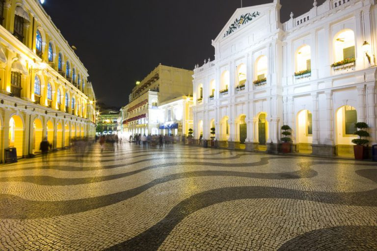 educative historic walking tour macau