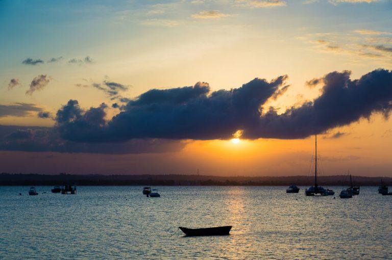 msasani peninsula   dar-es-salaam