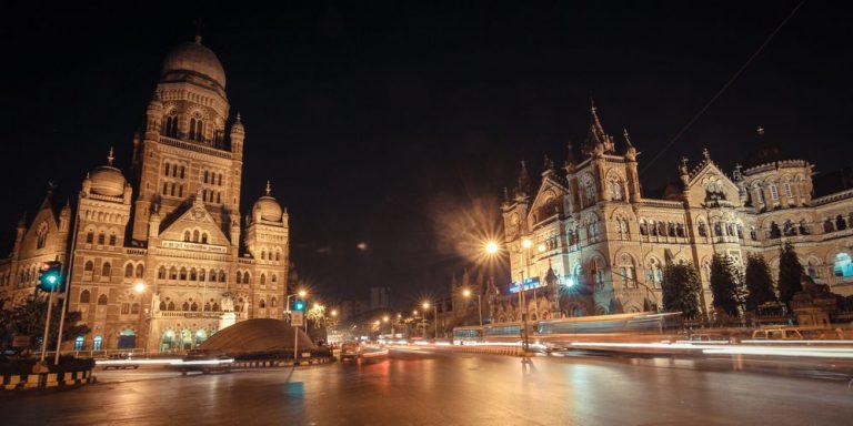 experience the nightlife in mumbai