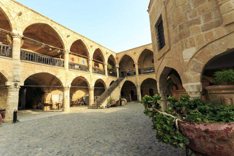 recorrido arquitect�nico privado en nicosia
