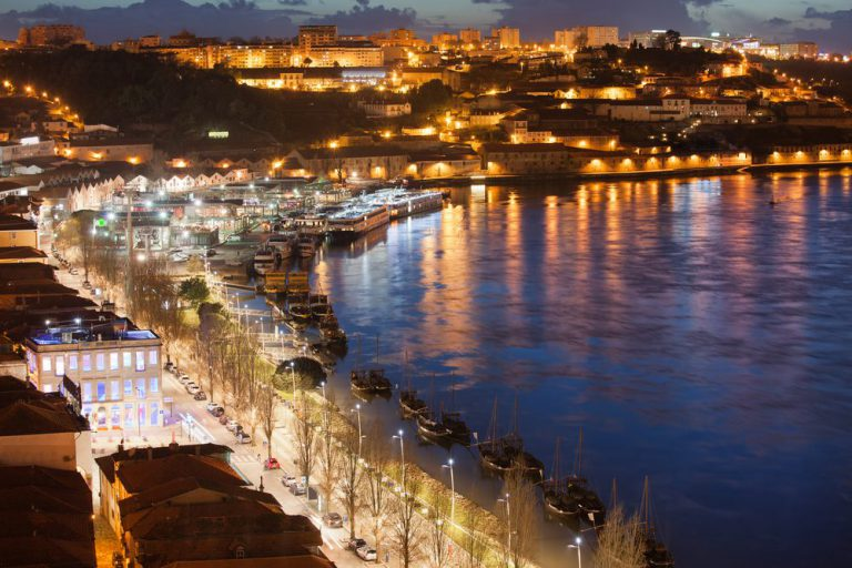 nightime experience of porto porto