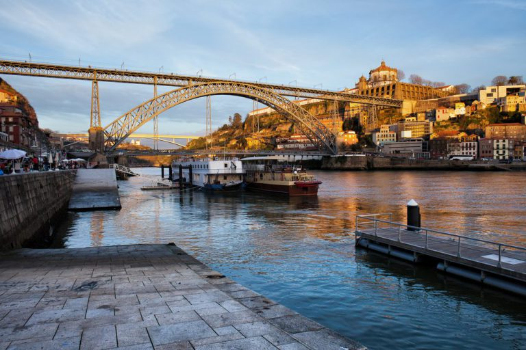 walking tour over porto's porto