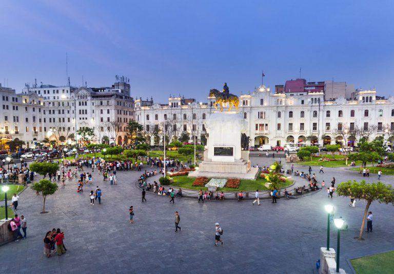 plaza de san martin lima