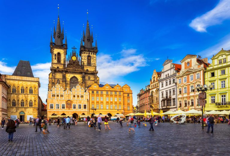 historic walking tour of prague